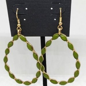 Earrings Green Beaded Teardrop Dangle Pierced 1280